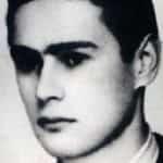 Zdjęcie portretowe Bronisława Pietraszewicza ps. Ryś, Bronek, Lot (ur. 16 marca 1922 w Duniłowiczach, zm. 4 lutego 1944 w Warszawie) – polski harcerz, dowódca I plutonu batalionu Parasol. Dowódca i główny wykonawca zamachu na Kutscherę.