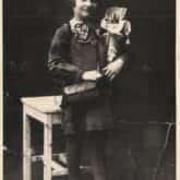 Erwina Barzychowska (1929-1939) – polska uczennica, uczestniczka obrony Poczty Polskiej w Gdańsku przed Niemcami, pierwsza dziecięca ofiara II wojny światowej w Gdańsku.