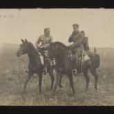 Józef Piłsudski i Bogusław Miedziński na froncie wołyńskim (1916). Źródło: Polona