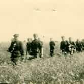 Żołnierze 1 szwadronu V Wileńskiej Brygady AK. Źródło: AIPN